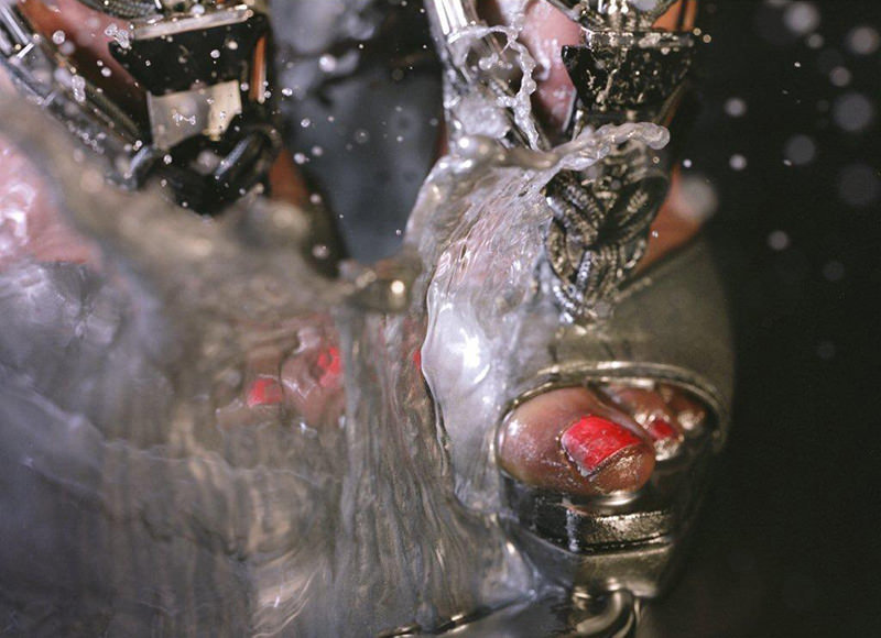 Marilyn Minter, Swell, 2010, C-print, 40 x 30 in (101.6 x 76.2 cm), Edition of 5, 2 AP, Signed