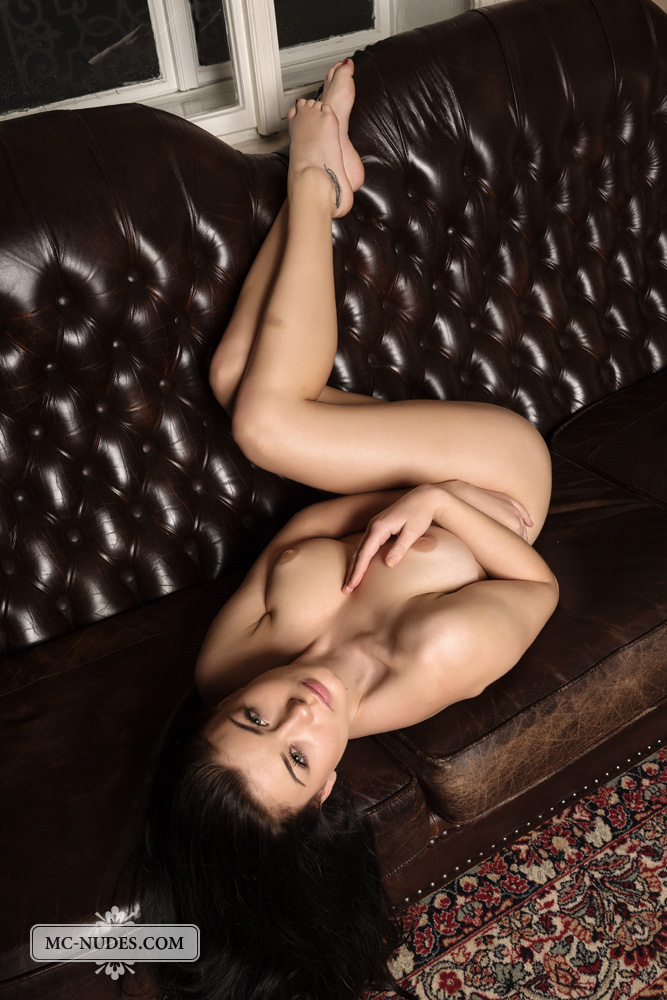 LUCYLEE | MC-NUDES.COM - Gorgeous naked babes on a daily basis