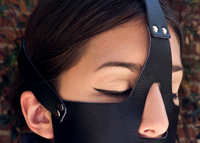 Vegan Bondage Gear | Vondage is made of a vegan microfiber which is free of animal products, yet retains the sensual feeling of traditional leather.
