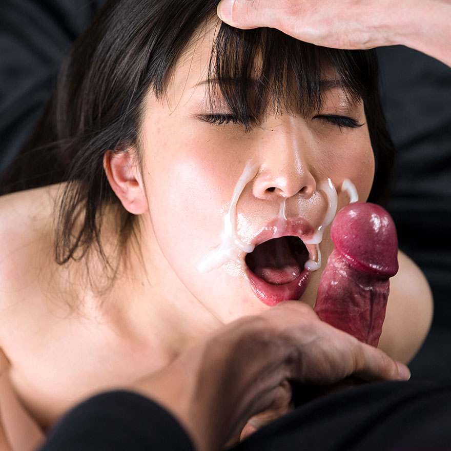 Japanese Facials. Japanese AV Idol Minami Sakaida nude with cum on her face in an uncensored facial video at Fellatio Japan.