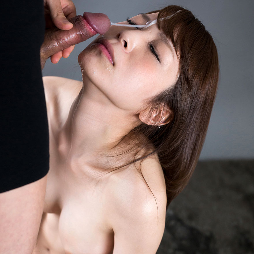 Japanese Facials. Japanese AV Idol Sakura Aoi nude with cum on her face in an uncensored facial video at Fellatio Japan.