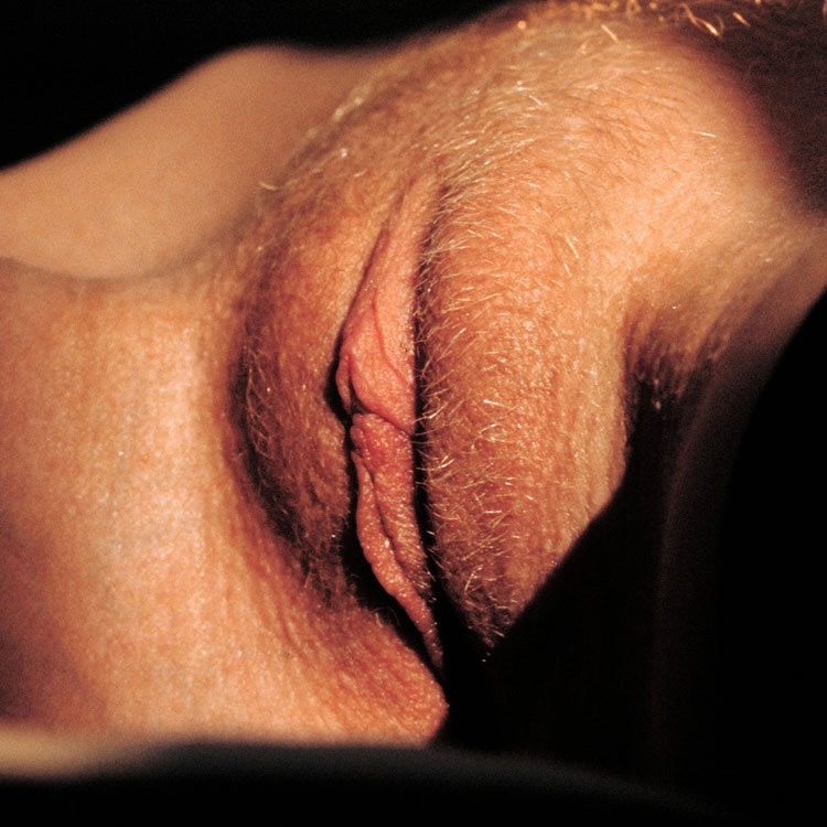 Anya nude close-up of her mouth at Digital Desire. Selected by Sensual Lips, the best sexy vagina and mouth pictures. Fine art Labia porn. Shaved and hairy girls spreading and masturbating in uncensored HD images.