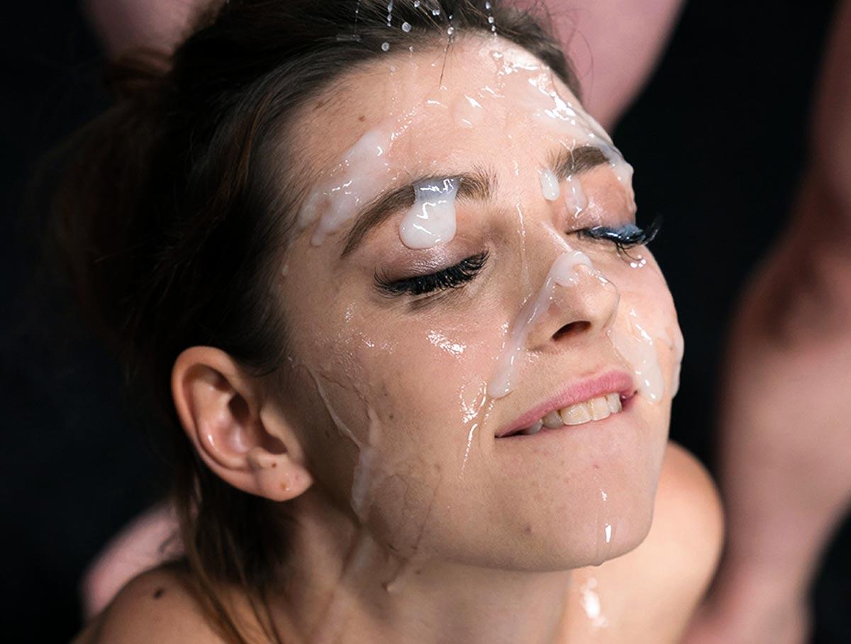 Slutty Naked Mature Cum Facials