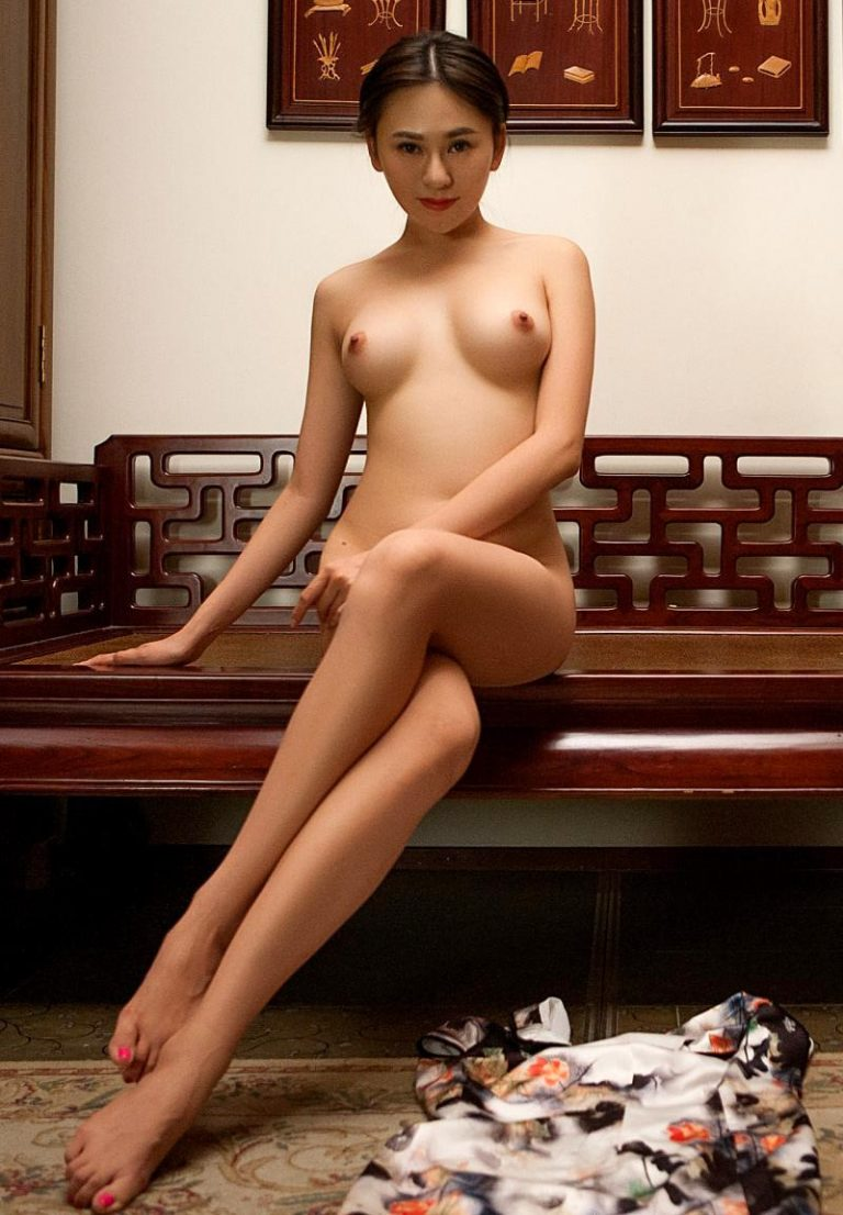 Wu Muxi nude. A Chinese girl posing naked for Playboy in Breaking the tradition.