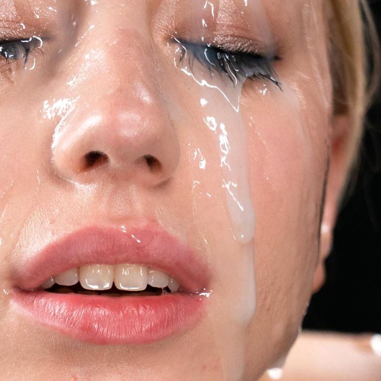 Kira Thorn Bukkake. Uncensored Facial and Cum Fetish video from SpermMania.