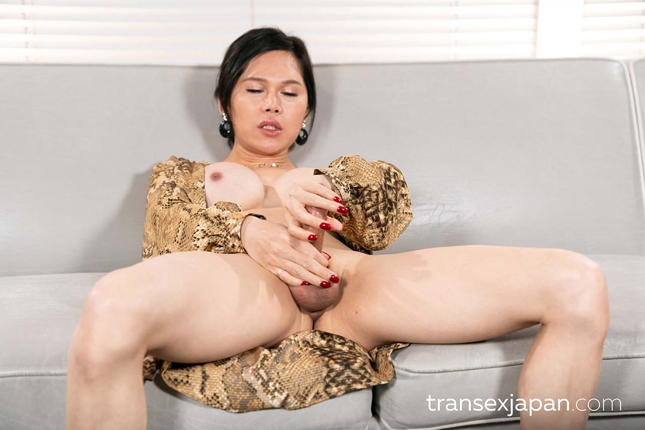 Intense Cumshot Cock Masturbation. Uncensored Shemale porn with a nude Chinese Newhalf Girl from China.