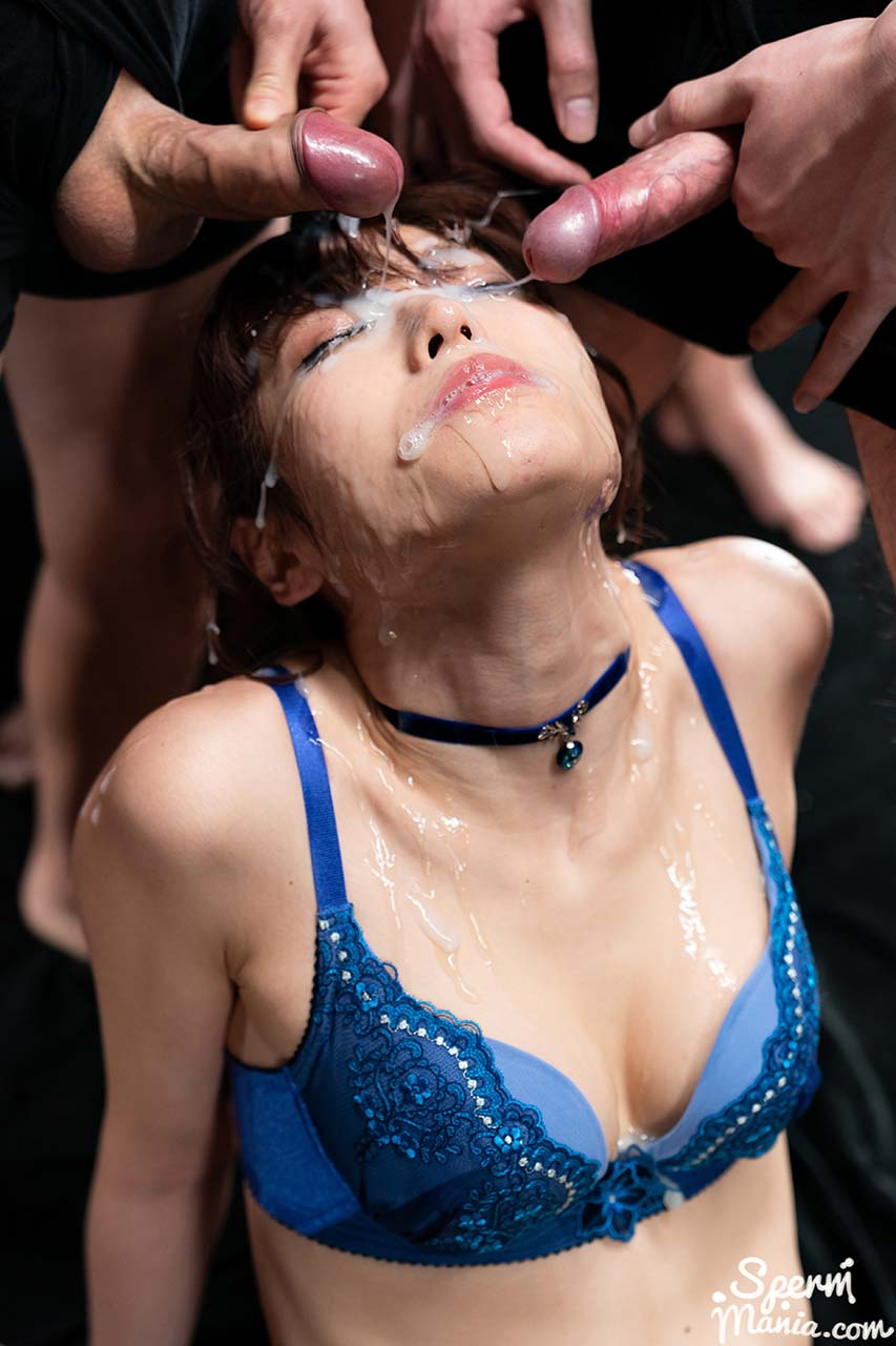 An uncensored Cum Fetish video from SpermMania. A Japanese AV girl receives 31 cumshots.