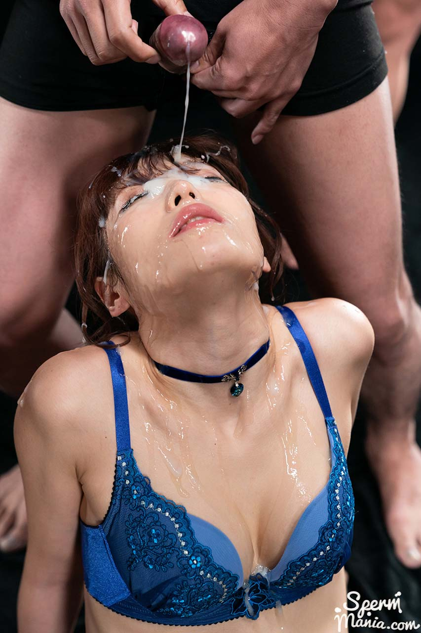 Mizuki in an uncensored Cum Fetish video from SpermMania. A Japanese AV girl receives 31 cumshots.
