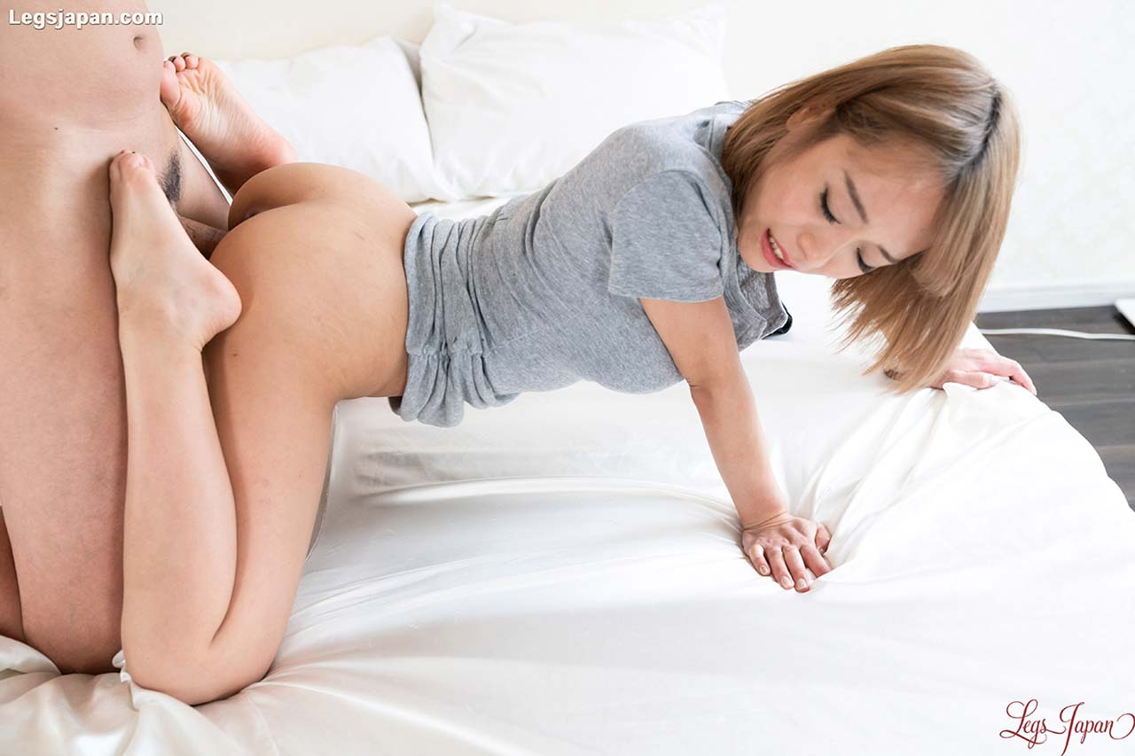 Nanako Nanahara, Leg Fetish Sex. The nude Japanese girl shows her feet and fucks in a Foot Fetish video from LegsJapan.
